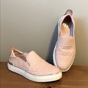 Wishbone pink quilted slip ons